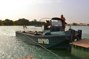 Formation-en-franchissement-de-rivières-dans-la-région-de-Segou