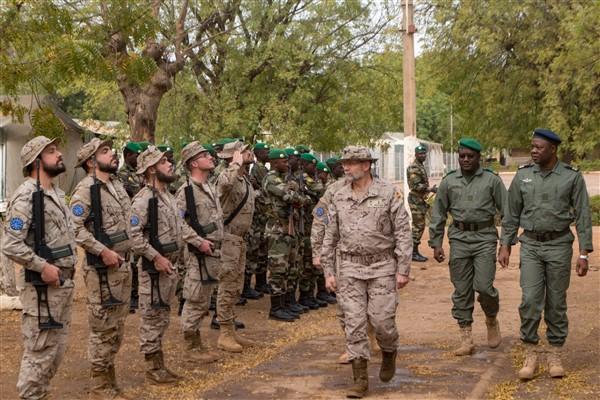 Le Mission Force Commander général de brigade Millán visite KTC