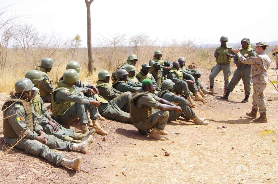 EUTM-MALI FINISHES ITS 6TH COMPANY COMMANDER COURSE AT KTC